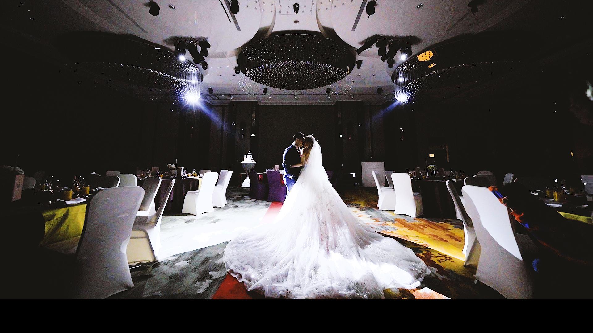 Henry & Layla Wedding Mv 希爾頓酒店.00_04_32_22.Still001